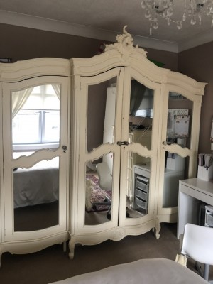 4 door wardrobe cupboard