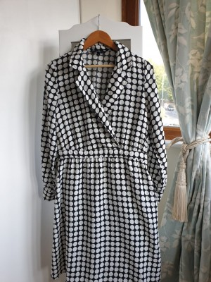 New with no tags. Black and white dress size 10/12