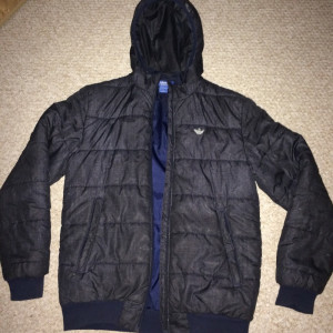 Adidas puffer jacket navy blue size SMALL, RRP £90 (JD) selling for £35