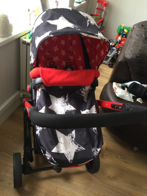Cosatto giggle 2 3 in 1 travel system