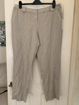 Ladies trousers size 16
