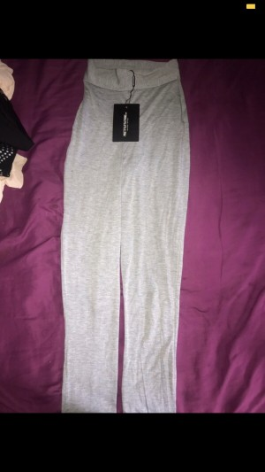 Grey Pretty Little Thing Leggings. Size 4