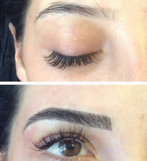 Microblading semi-permanent eyebrows