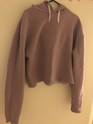 Cropped, purple jumper with hood - Size 10