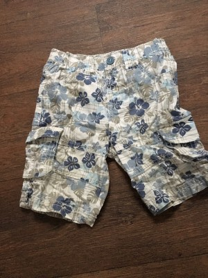Boys shorts 9-12 months
