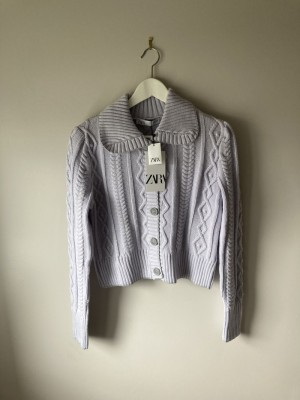 Stunning lilac cropped cardigan with collar M