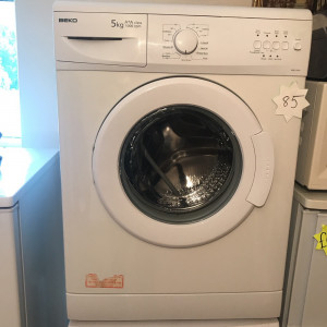 Beko washer machine for sale, excellent condition and excellent working order 5KG A+A class 1000 rpm ONLY DELIVERING TO TYNE AND WEAR AND NORTHUMBERLAND AT SMALL COST