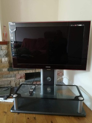 SAMSUNG - 46inch Full HD TV