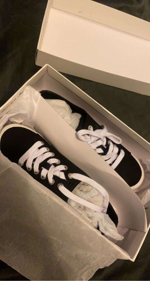 Calvin Klein outfit   Brand new /UNWORN Trainers and leggings    White