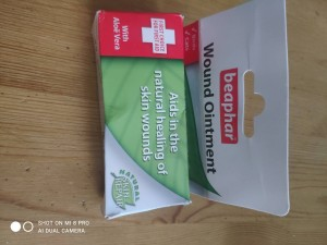 wound ointment and spray on plaster