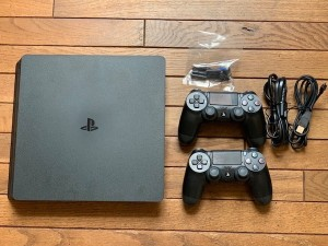 PS4 1 Tb with games