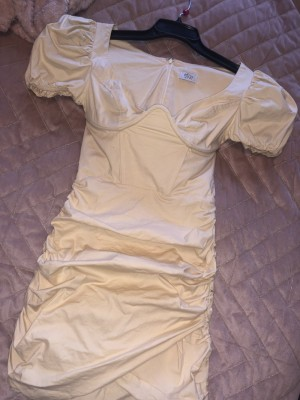 oh polly bell sleeve dress size 8