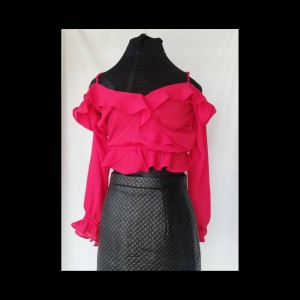 h&m red cropped top size 10