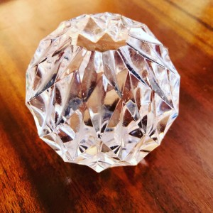 Elegant Round Multi Faceted Art Decorative Clear Glass Round Ball Pape