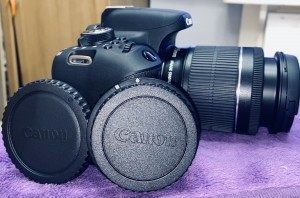 BRAND NEW CANON EOS 750D WITH A LOT OF ACCESSORIES