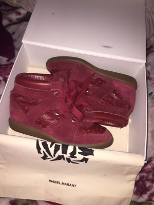 Isabel marant bobbys size 5/6 great condition with box and dustbags May accept offers or swaps