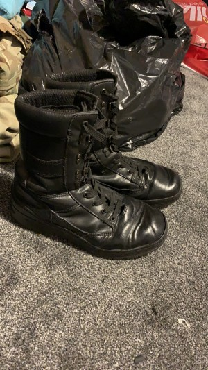 Used military boots UK size 7