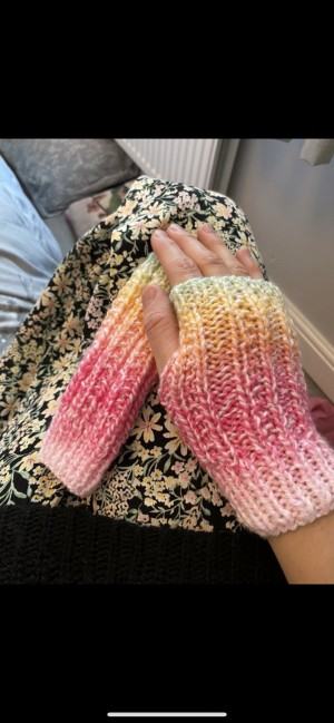 Dip dye colourful knitted fingerless gloves