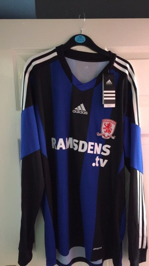 Long sleeve Boro shirt, size Large with tags on. Season 2013/14