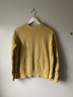 Mustard marks and spencer cable knit sweater medium