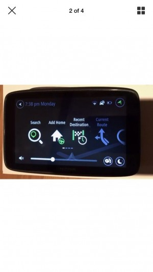 """TomTom Go 6200  6"""" touch screen mint condition almost like new fully functional"""