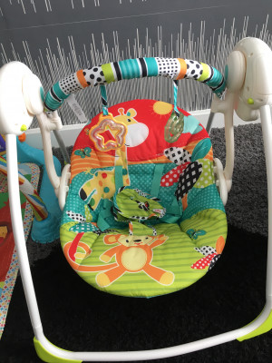Bright stars swing not used!! Clean n pet free home