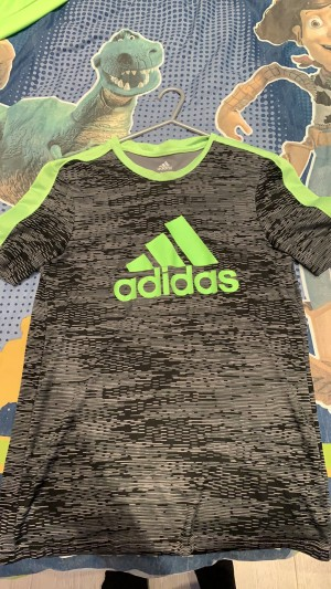 Authentic adidas top (small)