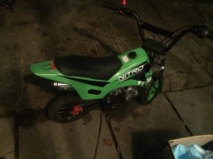 50 cc mini dirt bike just needs a new pull start easy fix
