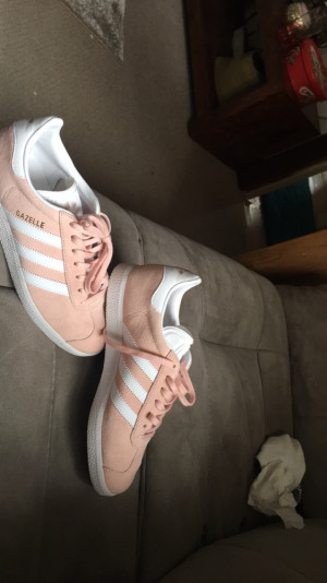 light pink adidas shoes don't need them , size uk 5 been on onces