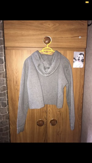 Grey Cropped Hoodie. Size 8