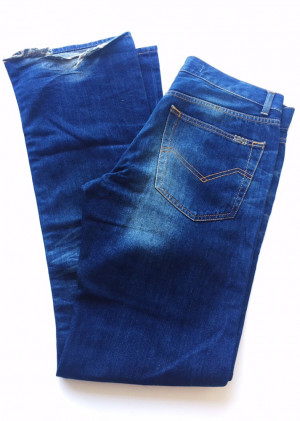Pull & Bear Blue Denim Jeans Colour: Blue Size 36 Brand New Never Been Worn
