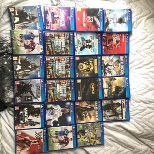 PS4 games bundles also selling separately