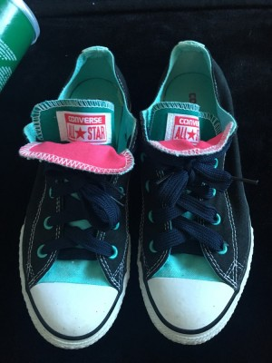 Converse low tops size 2.5 U.K. amazing condition black turquoise and pink colour