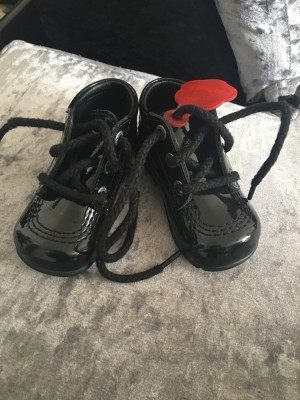 Baby black patent kickers. Size 4