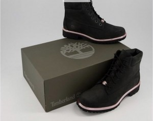 Timberlands black and rose gold