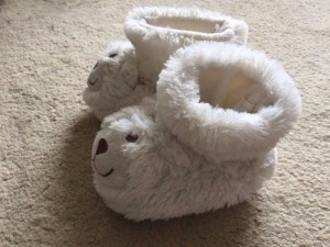 Cute home shoes with bear face