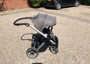 Must child stroller, grey colour so could fit a boy or a girl. In very good and very clean condition.