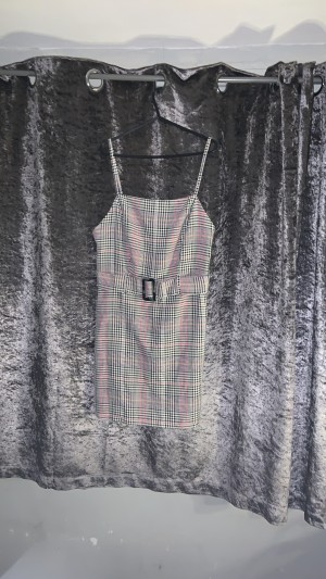 Colour tartan dress,attached belt with buckle.