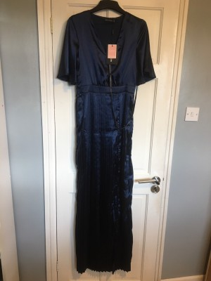 Navy satin flared sleeve pleated split size 8