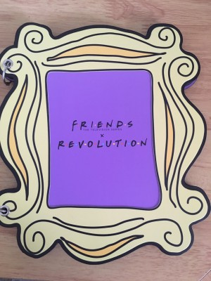 """"""" Friends"""" Monica's picture frame eyeshadow pallet"""