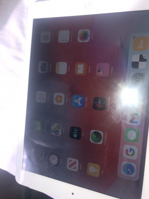 iPad Air 1st generation 16gb silver