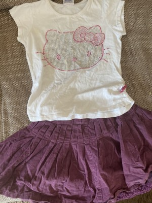 Hello kitty top and skirt age 5