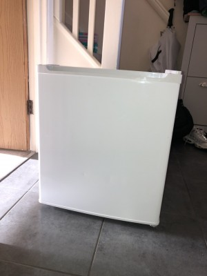 Great condition tabletop freezer