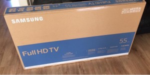 "Samsung smart 55"" tv ultra 4K tv ( brand new in the box )"