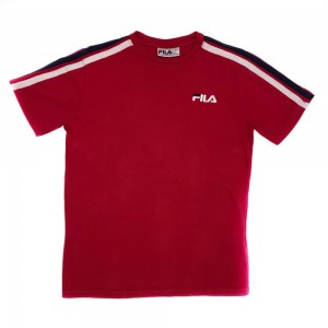 Vintage Fila T-Shirt in Red - Size Small