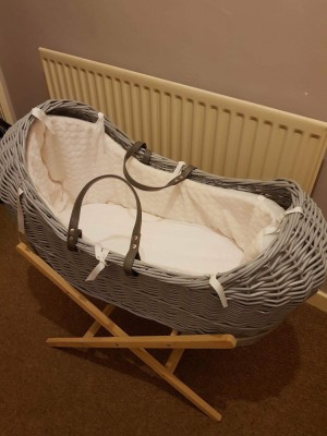 Moses basket brought brand new but never used it collection st1 £50