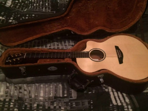 Faith electro acoustic guitar