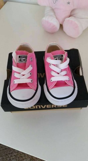 Pink infant converse