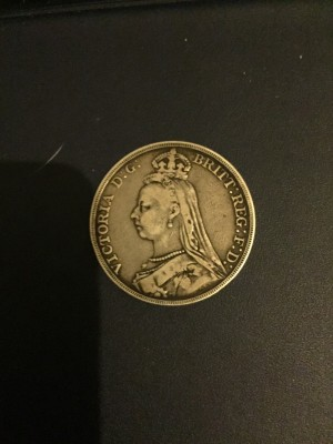 1989 mint condition Queen Victoria crown 925silver
