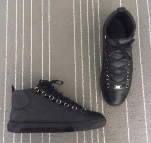Men's balenciaga arena size uk 8 high top in excellent condition message me for details and a price